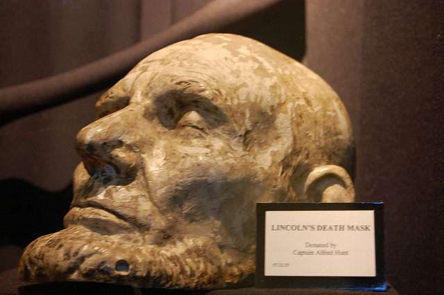 CONFESSIONS OF A FUNERAL DIRECTOR » 16 Famous Death Masks