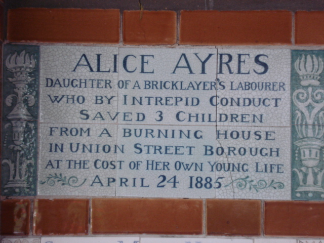 Alice_Ayres